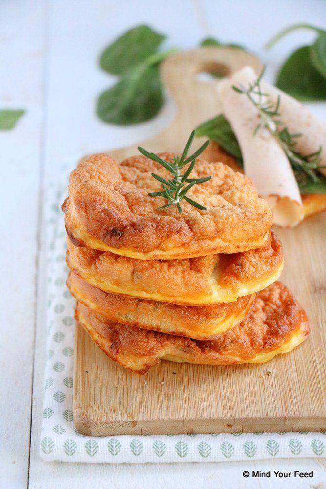 Cloud bread met rozemarijn en tijm - Mind Your Feed #cloudbread #oopsies
