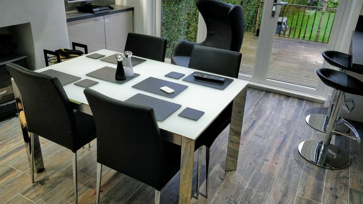 Slick and Modern Black and White Kitchen / Diner with the Eve Extending Table and Elise Chairs