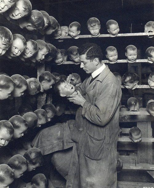Painting doll's heads, c.   I know how this poor man feels.  Ugly ShylaBizarre Strange Photos, Artists Painting, Circa 1930, White Photography, Dolls Head, Celluloid Artists, Bizarre Vintage, Creepy Photos, Painting Dolls