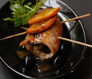 Escalopes de veau farcies à l'orange et aux olives noires