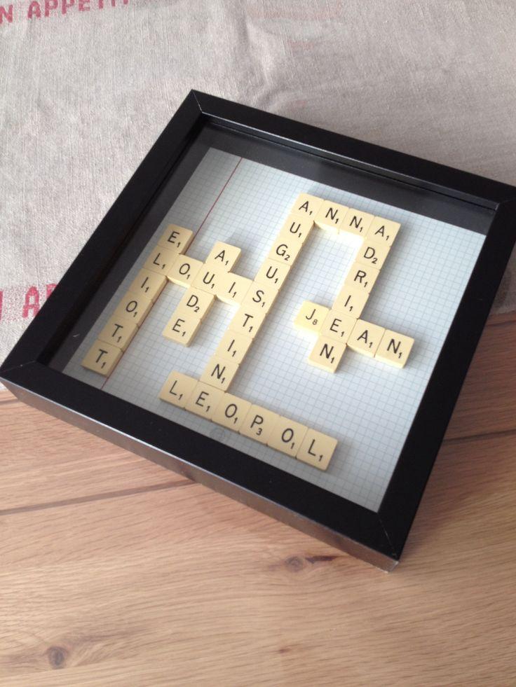 Pour le Noël des grands-parents: les prénoms de leurs petits-enfants! Cadre Ikéa - Scrabble chiné 5€