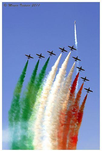 Frecce Tricolori - Rivolto 1° Maggio 2011
