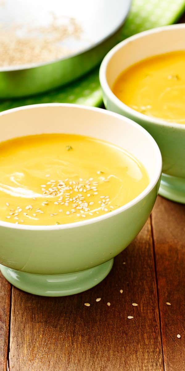 Möhrencremesuppe mit Sesam und Ingwer.  Diese besondere Kombination sorgt für vollsten Genuss. Lass dich überraschen.