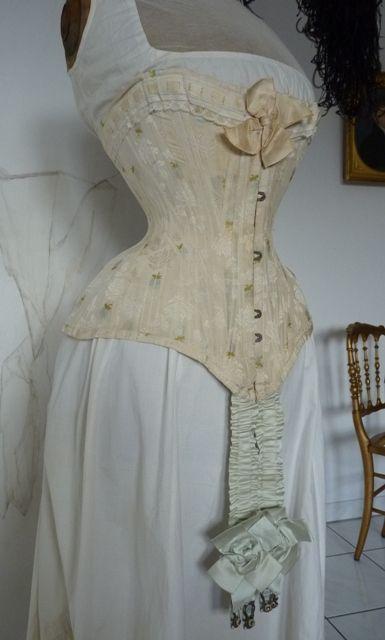 antieke corsetten