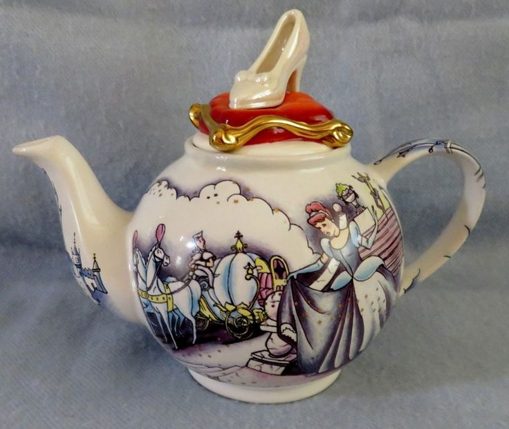 "Paul Cardew ""CINDERELLA"" Betty style tea pot teapot Fully usable DISNEY"