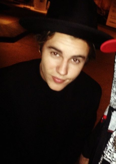 OCEANUP - Teen Gossip, Celebrity and Entertainment News, Photos and Videos.  Find this Pin and more on justin bieber ...