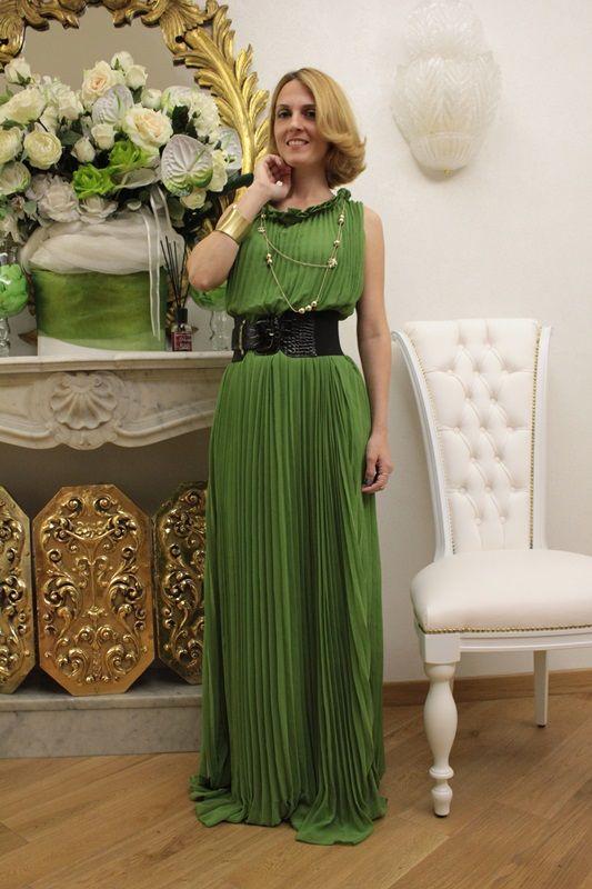 Un vestito verde per una serata del mio lungo weekend a Roma, How to wear, Fashion Tip, Italia Fashion blog, Margaret Dallospedale, Fashion Blogger, Beauty Natural Tip, Review