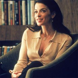 Annabella Sciorra, The Sopranos   CRAZY LOVE Sciorra's character, Gloria, is developing a fatal attraction to Tony
