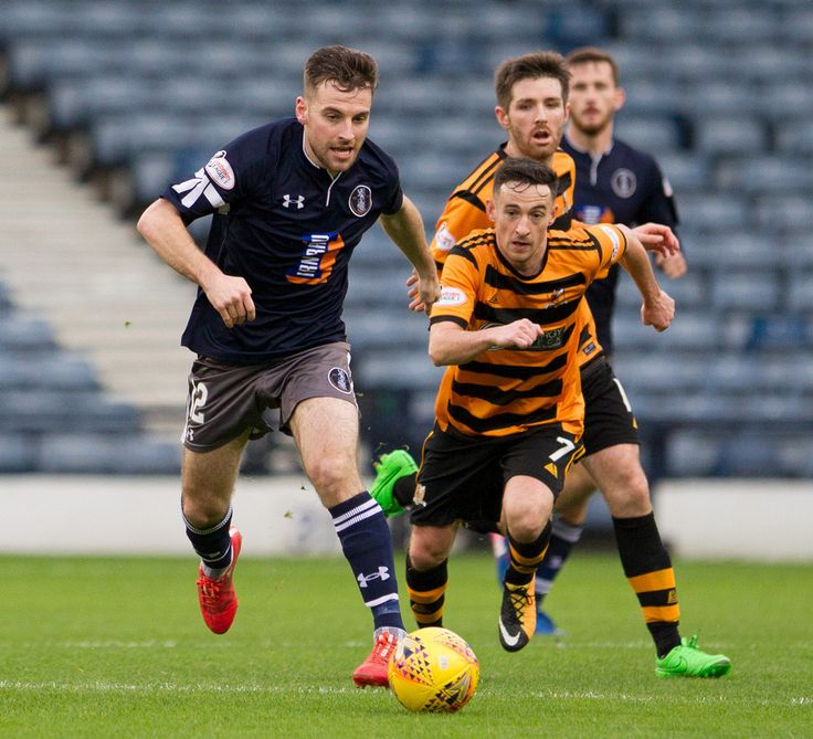Queen's Park's Chris Duff in action during the SPFL League One game between Queen's Park and Alloa Athletic.