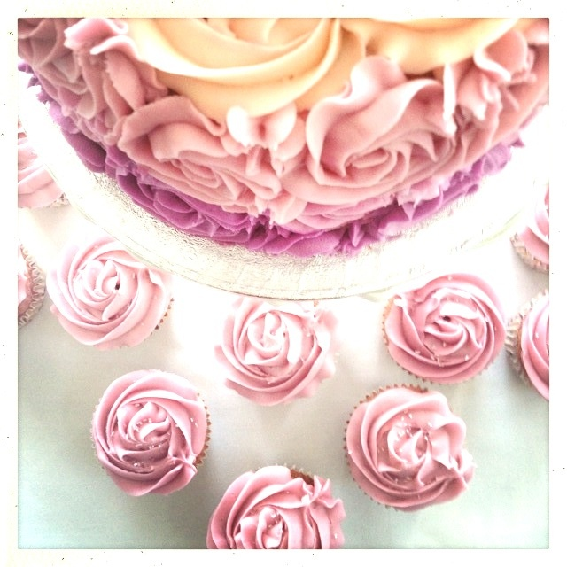 White chocolate & raspberry cake with matching cupcakes
