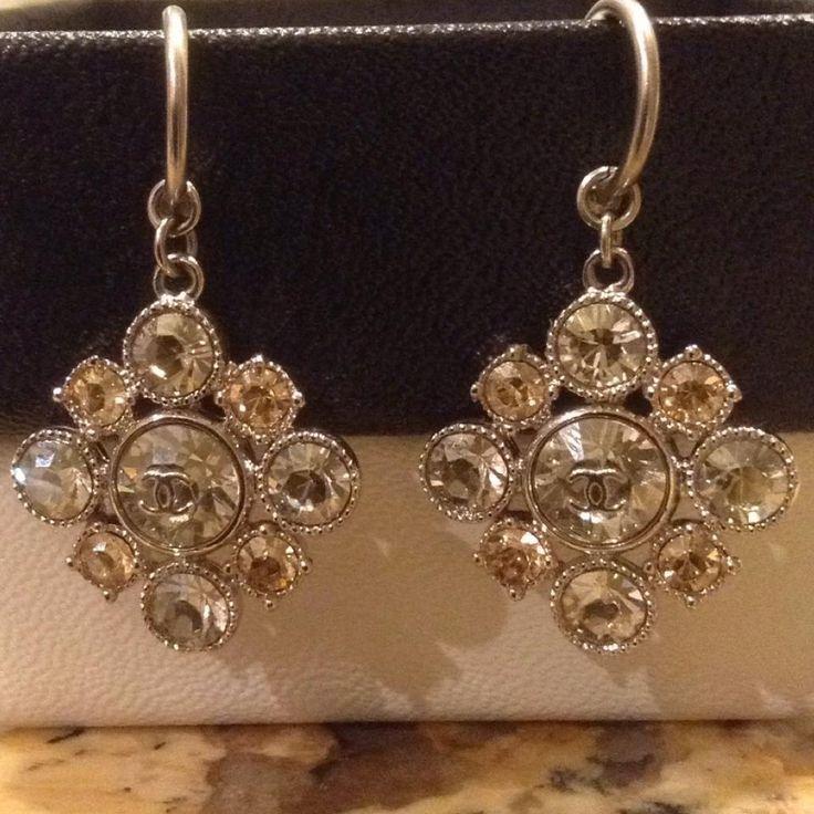 Chanel Chanel Earrings Crystal CC Logo Drop Dangling Cluster Baroque Square Silver Swarovski Classic Timeless Mini Medium Jumbo 12V Black Dust Bag Box