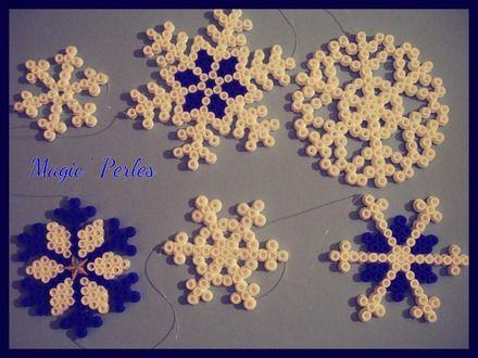 Guirlande flocons de neige pour noël bleue et blanche