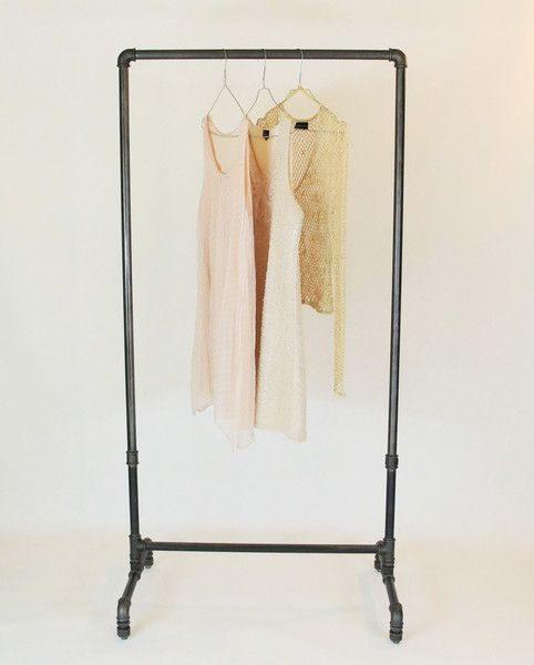 Kleiderstange Garderobe Vintage Industriedesign  von stahlrohr-art auf DaWanda.com