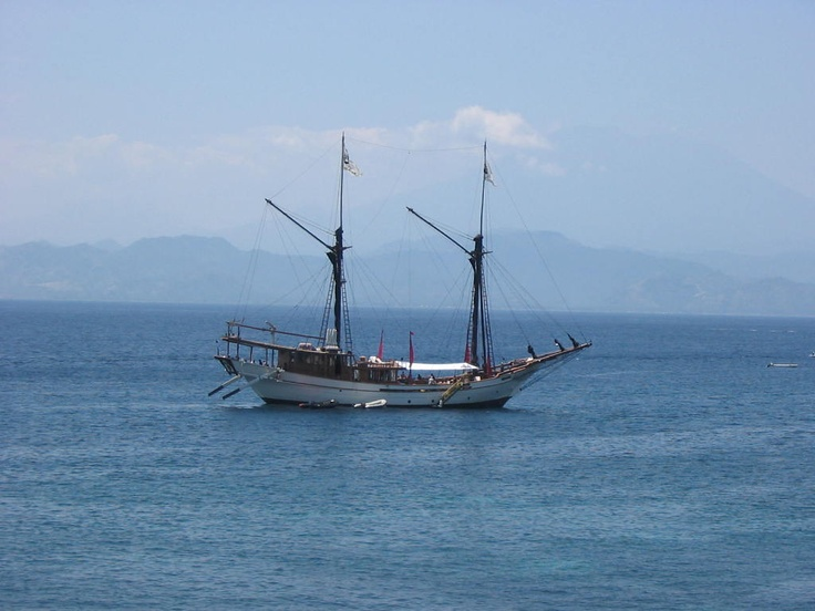 Once in a life time memory on Silolona Sojourn Cruise, a beautiful luxurious Phinisi, hand crafted traditional wooden sailing vessel build from the finest tropical hardwoods to German Lloyds specifications.