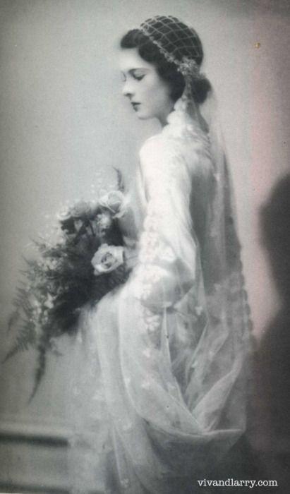 Vivien Leigh on her wedding day in 1932.