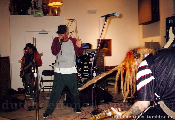 Deftones recording 'Headup' with Max Cavalera for...