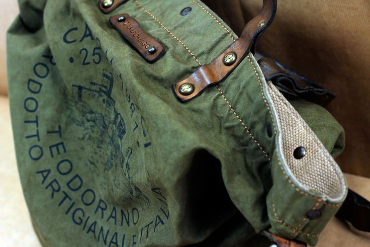 #campomaggi #bag Discover more about the collection at http://follie.click/campomaggi