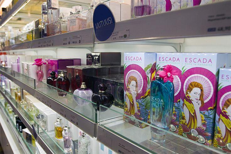 Hajuvesiuutuudet ovat nuuskutettavina Eckerö Market & Parfymeriassa - uskallatko kenties kokeilla uutta tuoksua? #Eckeroline #parfym #parfyymi #shopping #luxus