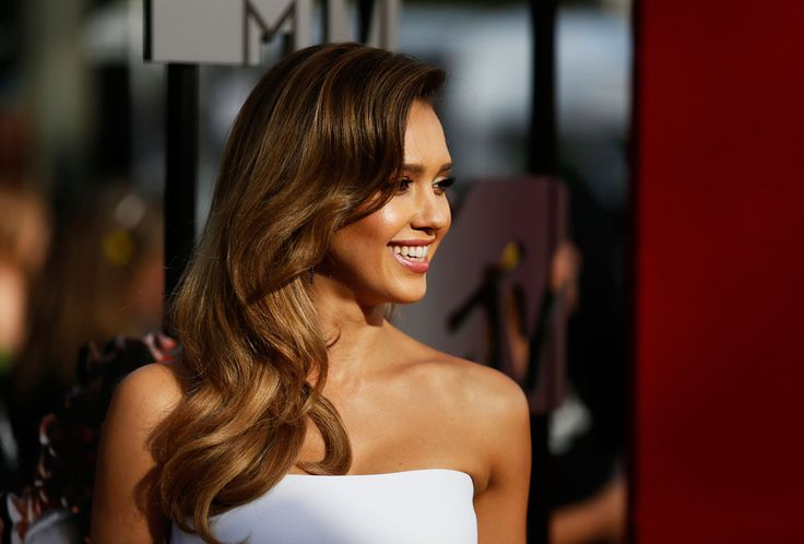 Bronde: The Hottest Hair Color to Try Right Now