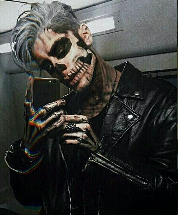 رمزيات شباب Guys Halloween Makeup Halloween Boys Mens Halloween Costumes