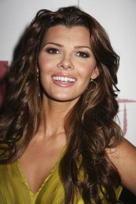 Ali Landry...she's even more beautiful In person