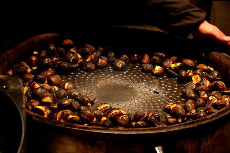 Castagne e funghi: a caccia dei sapori d'autunno nei borghi della Toscana