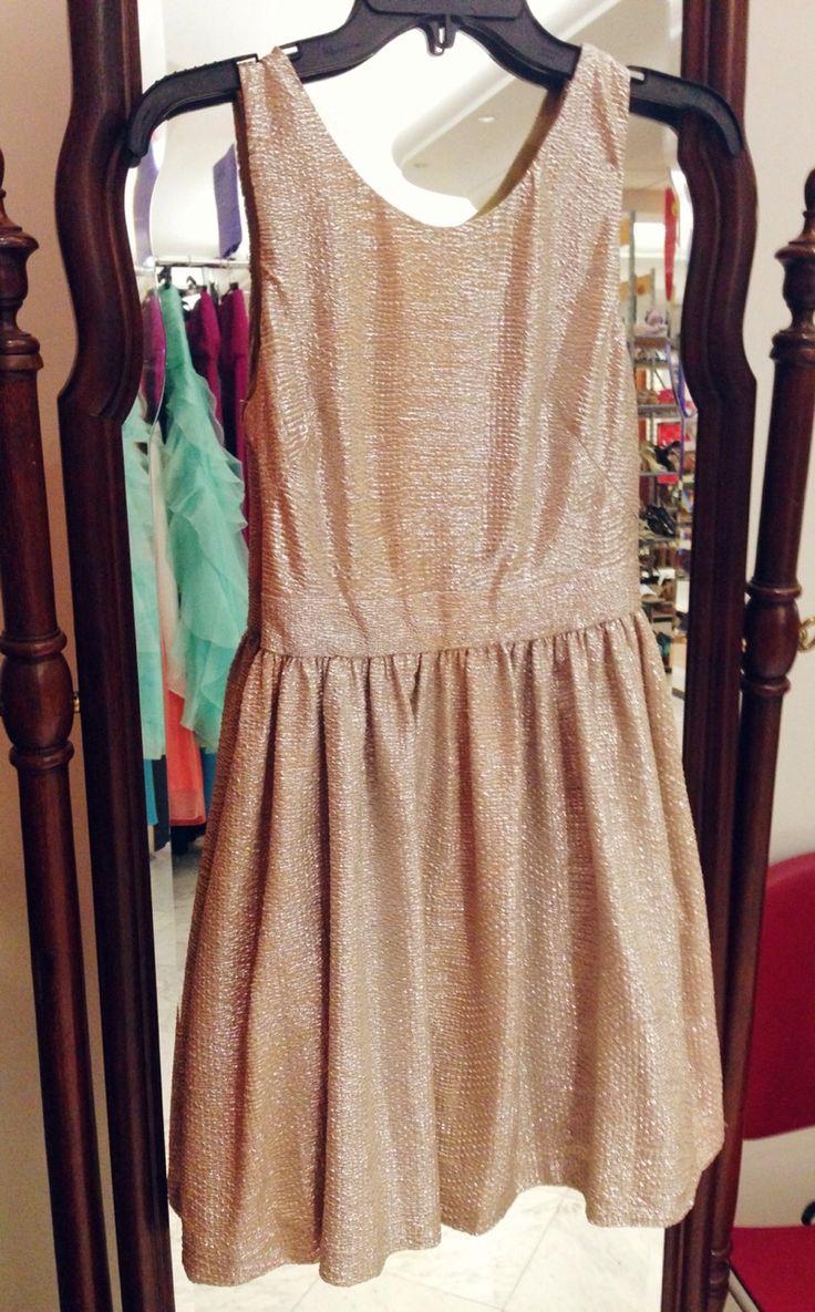 http://pulitzerprincess.tumblr.com/post/70429139865/pinkandgreenlivingthedream-love-this-cute-dress