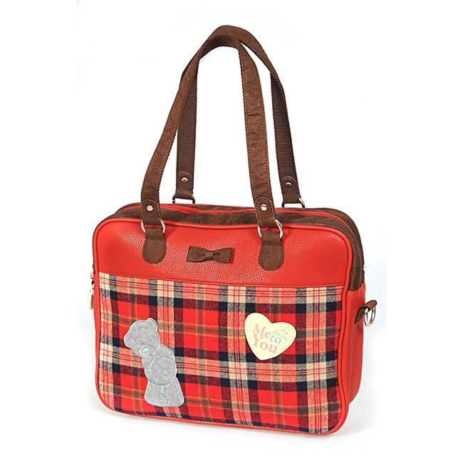 На 2014 год рекомендуют дарить также и практичные подарки - вот очень удачный вариант - сумка с ноутбуком - http://www.vshkolu.ru/shop/rancy_ryukzaki_sumki/sumki/sumka_me_to_you6/