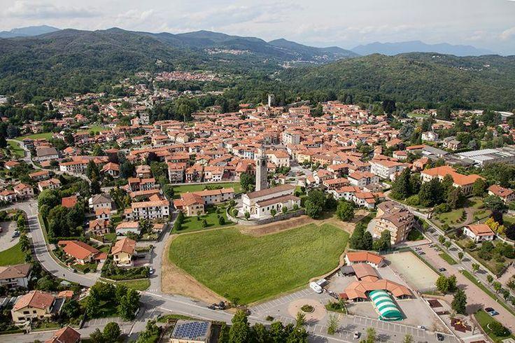 #Invorio dall'alto in una foto spettacolare ( #Novara #Piedmont #Italy )
