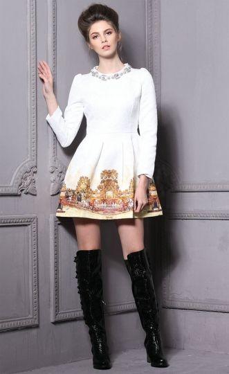 Rochie alba cu maneca lunga - imprimeu retro