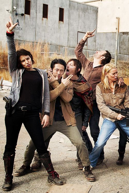 Lauren Cohan, Steve Yeun, Norman Reedus, Andrew Lincoln and Laurie Holden. The Walking Dead