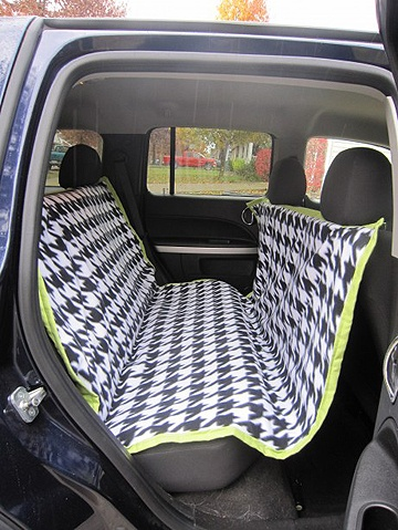 How to make a dog car seat cover.  http://ex-scapes.com/2011/11/09/sewing-tutorial-car-seat-cover-for-your-dog/  i've got to do this!