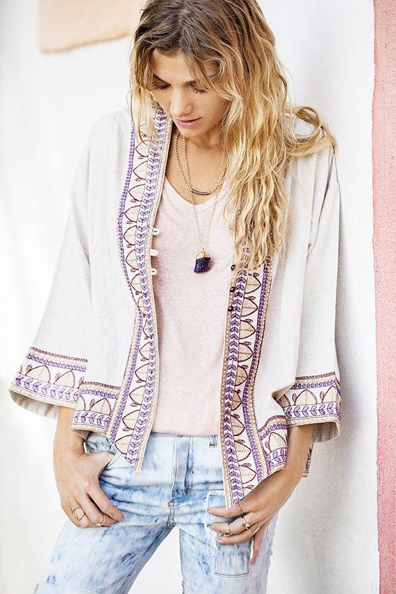 *Kimono Agrata  *Collar Ferradura  *Remera Capadocia  *Short Patch #indiastyle #EasyChic