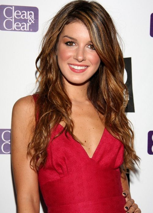 Mejores 145 imgenes de hollywoodages en pinterest 50 shenae grimes biography shenae grimes beech is a canadian performing artist she depicted the voltagebd Images