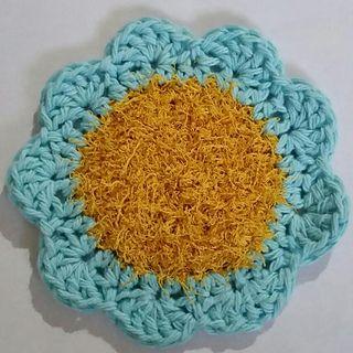 Flower Scrubby - free crochet pattern by Susan Wilkes-Baker
