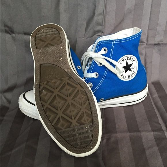 All Star Converse High Tops! Bright blue All Star Converse High Tops! Slightly worn in. Men's 6, women's 7.5 Converse Shoes Sneakers