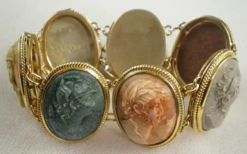 """High Ct Gold 7 """"Days of the Week"""" Lava Cameo Bracelet"""