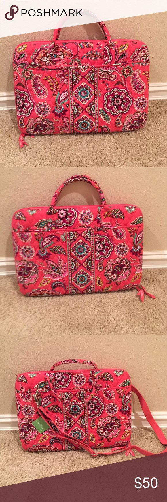 """Vera Bradley Laptop Portfolio """"Call me Coral"""" laptop portfolio case. Comes with strap, has two handles, and in excellent condition. NWT! Vera Bradley Bags Laptop Bags"""