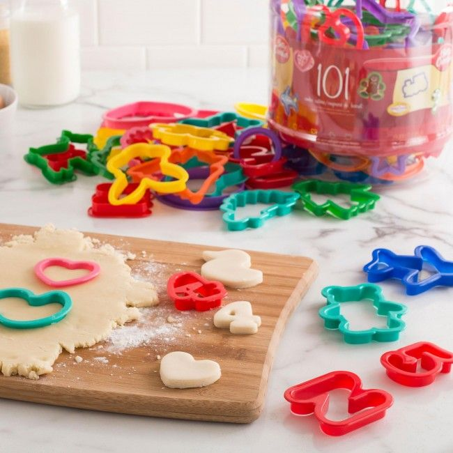 Unleash your creativity in a sweet way with the Betty Crocker Cookie Cutter Set.
