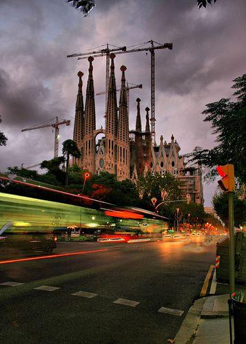 Streaking Past Sagrada | Sagrada Familia, Barcelona