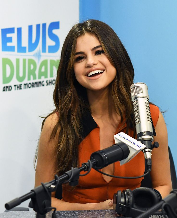 """""""June 5: Selena during her interview with the Elvis Duran & The Morning Show in New York, NY [HQs] """""""