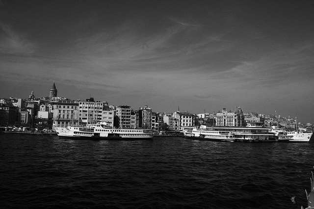 İstanbul - Karaköy Vapur İskelesi - Black&White