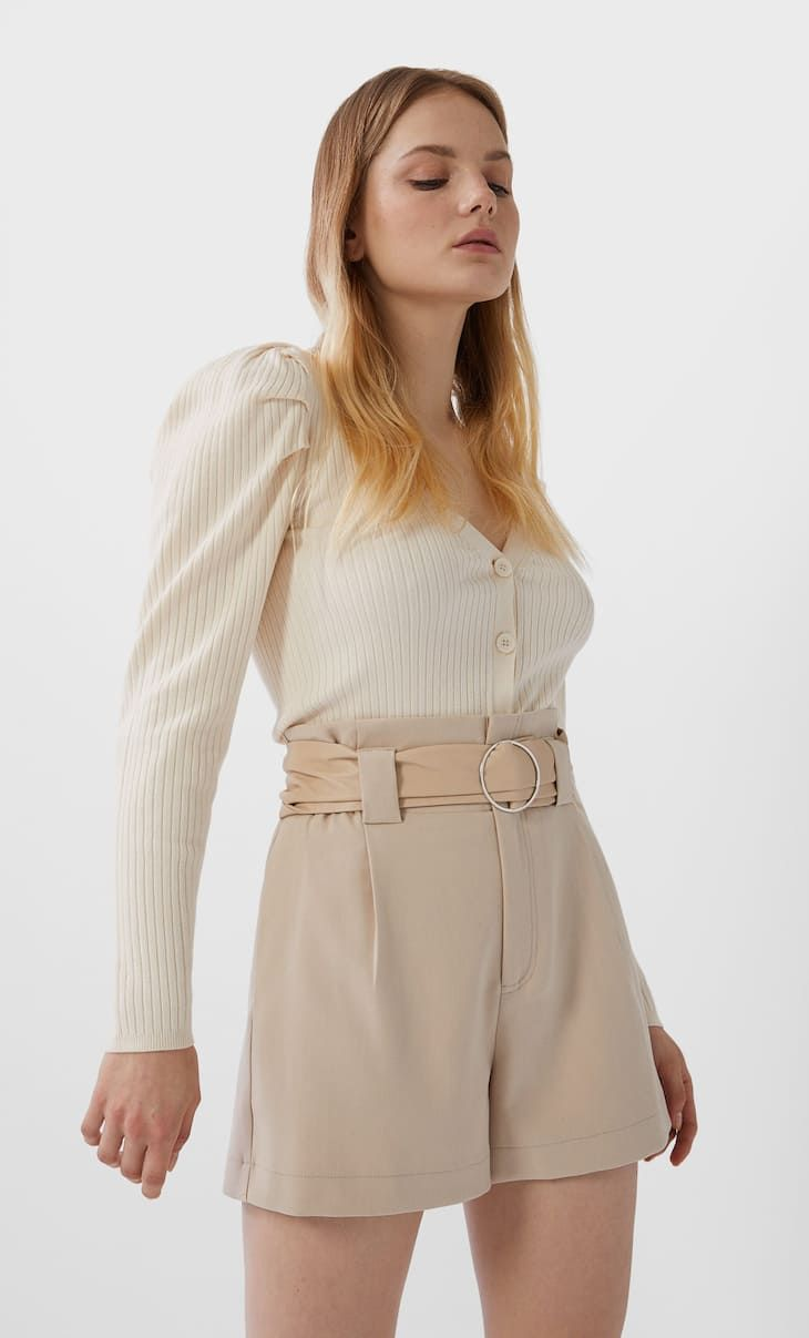 Shorts With Pleats And Belt In Stradivarius For Only 17 99 Available For A Limited Time Just In For Women Always On Trend Come In And In 2020 Women Fashion Pleats