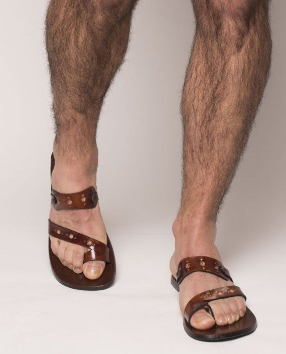 100d373b4b532c Purchase hand-made and customisable Sandals from Qind Design s menswear  collection. Item ready for