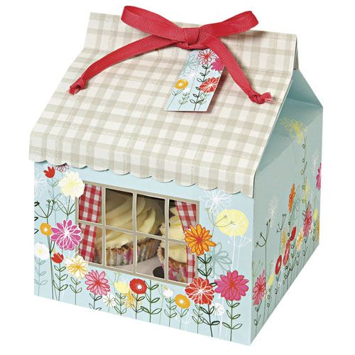 floral and gingham cupcake box