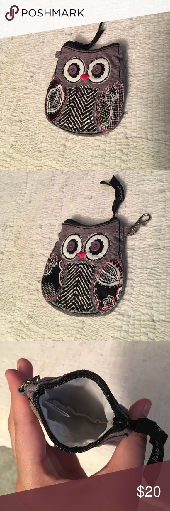 Thirty-One Owl Coin Purse! Super cute owl coin purse! It features the owl design on both sides! It was barely used and the condition is excellent! No stains! thirty-one Bags Wallets