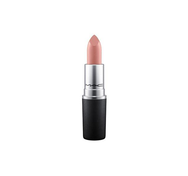 Livraison et retour gratuits  Rouge à Lèvres Enjoy Phoenix - MAC x Marie. Un Rouge à Lèvres Nude crémeux parfait à porter tous les jours.