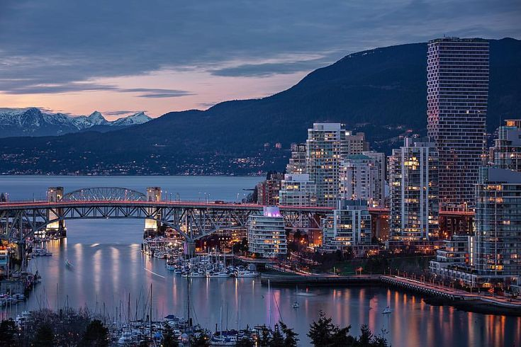 Moody And Cinematic Urban Landscapes In Vancouver By Erik Andersen Urban Landscape Landscape Landscape Photography