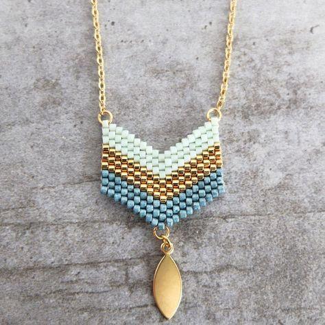 Le produit Collier ★ les chevrons ★ tissé en perles Miyuki est vendu par My-French-Touch dans notre boutique Tictail. Tictail vous permet de créer gratuitement votre boutique en ligne - tictail.com