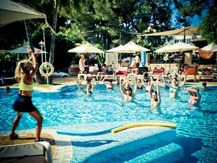 Aqua-Gym Class am Valentin Paguera Pool